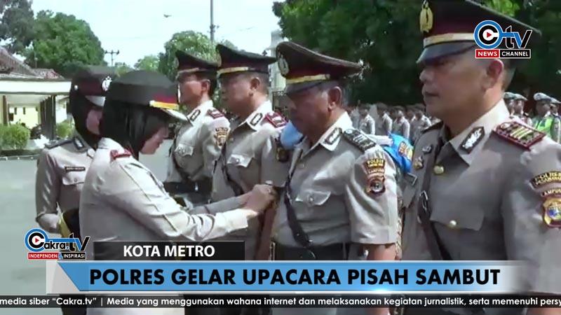 upacara-polres-metro-050818.jpg